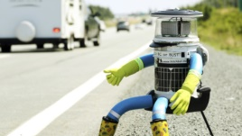 robot HitchBot