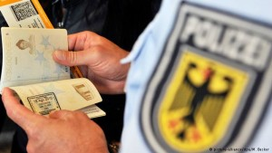 kontrollimi i pasaportave kufi