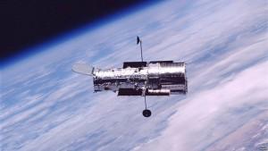 teleskopi hubble