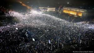 rumani protestat
