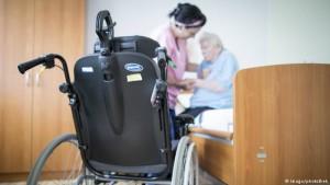 kujdesi ndaj pleqve