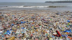 mbetjet plastike