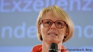 Ministre e shkences Anja