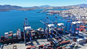 Porti Piraeus