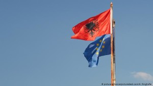 flamuri AL BE