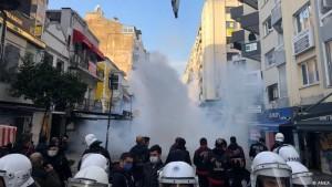Protesta kundër emërimit të rektorit të ri, Stamboll